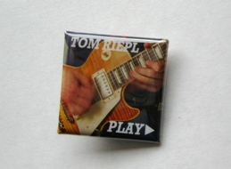 PLAY_Button_LesPaul